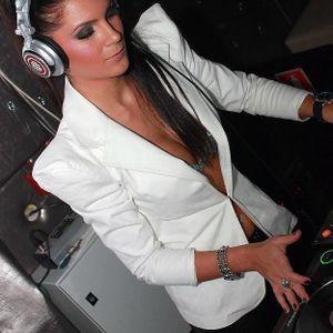 Dj Miki Love @ Dance Fm 17 Februarie 2012