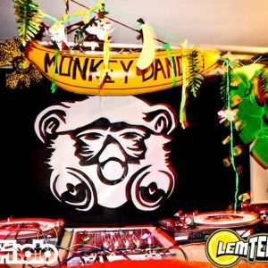 Monkey Dance Radio 9th July, More-or-less Mash Up