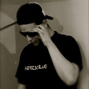 Lukas Freudenberger - XMAS TECHNO 2013