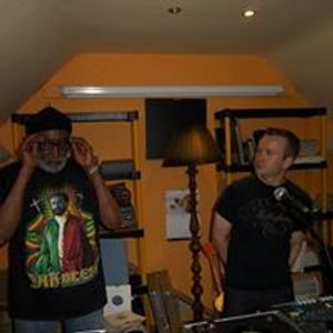 Dub Bunnies Outer National Radio Show 28th April 2013 - Jah Leopard at the controls