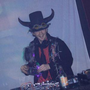 Part 1 DJ Monkey Piles accompanying Gypsy Hill, Hallouminati and Unknown Era 21/03/15 at The Maze.