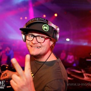 Uptempo early hardcore liveset @ Fresh FM by DJ DAMAGE