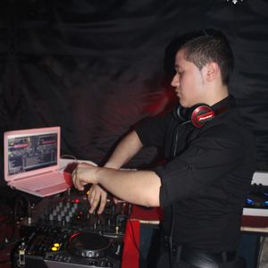 Deejay ALEX - Promotional Mix - Aprilie 2013 - Set #16