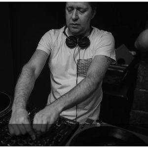 Dave J September 2012 Mix