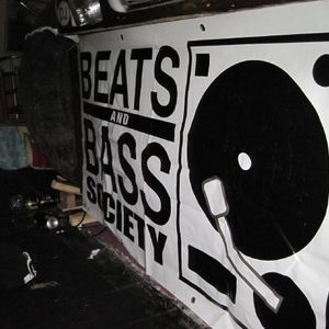 Beats & Bass Podcast 003 - El Parnell DNB Mix