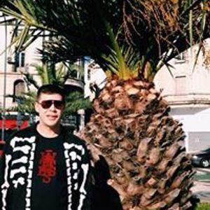 King Bong - Valeria del Mar 5