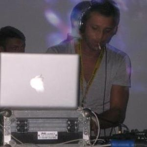Dj Set - April (Part 1) 2010