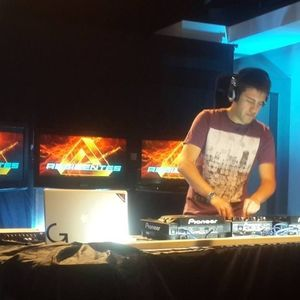 Jonathan Ledantes - Recorded live! 03-11