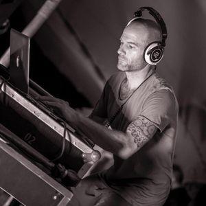 Weekly Mix show on Berlin's Dance Radio (PureFM)