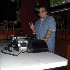 HOUSE CLASSIC SAMPLE MIX DJ GROOVIN GARCIA 9-12-12