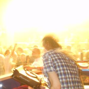 DJ Witness Essential Mix