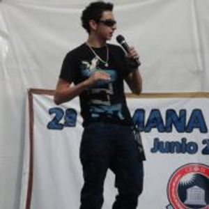 DJ Azher demo para Mr. Camaron Electro-House