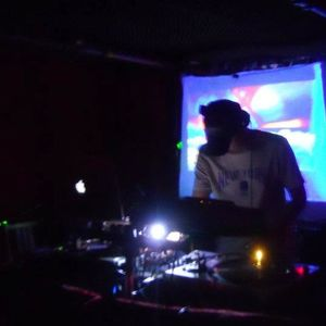 DJ Ik : Synchronicity