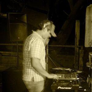 Byron cuenca dj - Arriba lo beats - Loop Récords (Original Mix )