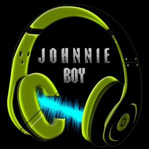 JohnnieBoy(InoMusic.ro)