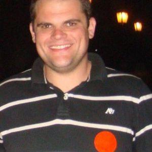 Dezembro 2011