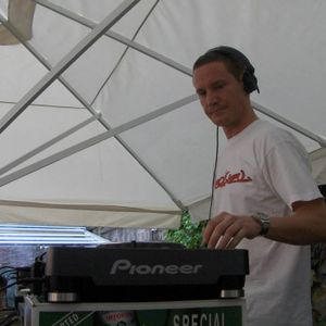 Found a Karnival mix from a couple of years back.