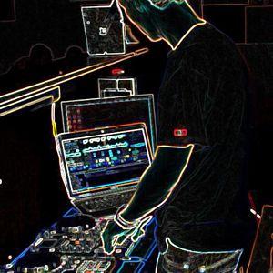 DjDeiu - Upsidedown (ElectroHouse)