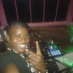 DJ DICKE 254 KAMBA MIXTAPE BEST OF TWO 2018(  KITHUNGO VS MACHA)