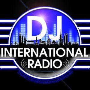 Dee FH (UK) Oldskool Acid Debuut Mix For DJ International Radio-EU