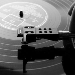 100% Vinyl Locker Oldshool