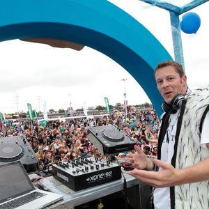DJ Travis T Lovevolution 2011 love parade