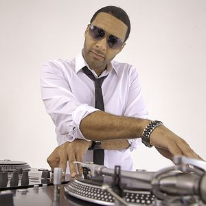 DJ Mad Linx-The 1st & 15th Hip-Hop (2000's Edition) Jan 15, 2012