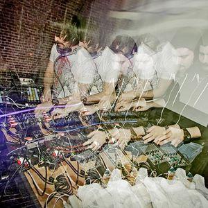 MSTRKRFT - Live Stubru 11.11.07