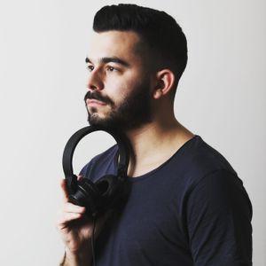 Dj Vasilis Papachristou - Elafrolaiko Mix 90-00-10s