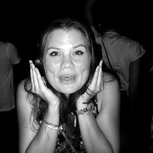 RECORDED SHOW KissMyBass! 18/10/11 BurnFM
