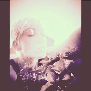 Episode 2 Fader Jane Vanderbilt DJane Mix with NEW Original Tune