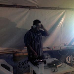 ALGO NUEVO DE DJ YOGUI ESPERO QUE LES GUSTE