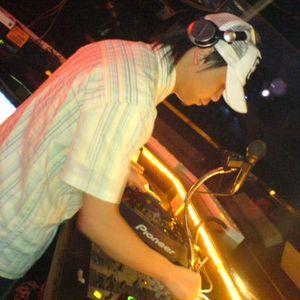 dj di and dj munzai live remix