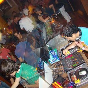 Omar DJ set Feb 2011