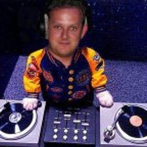 DJ SpinningMadness contest demo mix