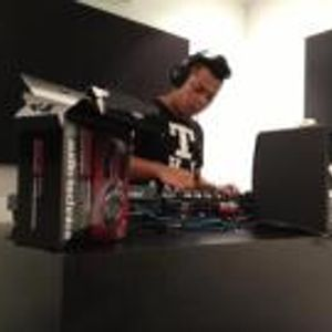 Commercial Club Mix test by DJ Wiing