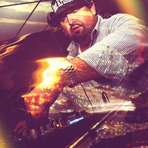 Hot Holliwood Mix / by Dj lito & Jr Holliwood (no host, clean)