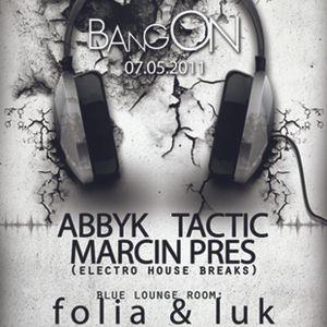 Marcin Pres - BREAKFAST mix IV.2011