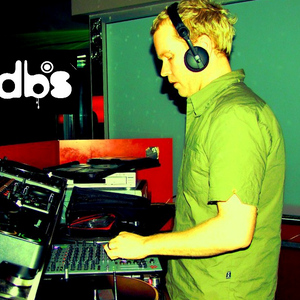 dbs live mix - Sunday Lockdown sessions - 8th August - all new Hard Techno and Trance