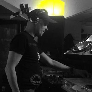 TRAKTOR DJ2 MIX COMPETITION