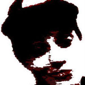 Lucas Caputt - Essential Tunes Express #02 (12.11.2013)