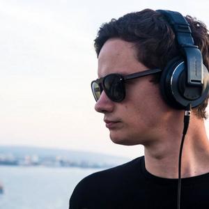 DJ Tom Higham - March Mix - Draft 1