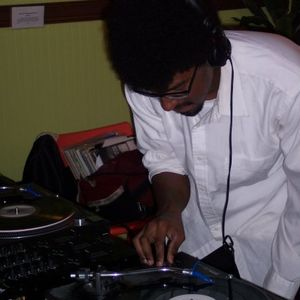WRFL 88.1 FM THRU THE VIBE TUESDAY SEPTEMBER 19TH, 2017 HOUR TWO