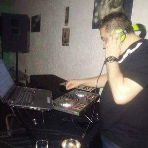 Dj piki zanches  -promo mix  june 2012 'life'  electronica