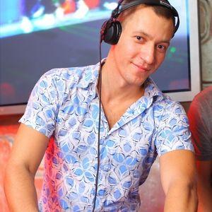 Dj Streamteck - #15 Basic Groove Radioshow
