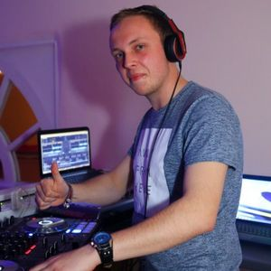 Hands Up Mix - Januar 2012