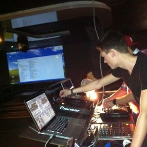 Unofficial SMS Pre-Set by Lewis Fine adressed to choosen people