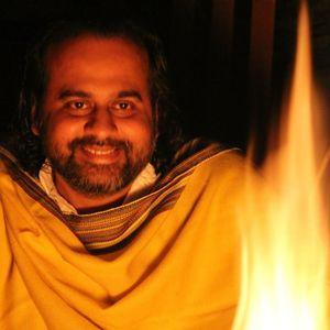 Prashant Tripathi on Nanak: सुनना ही समाधान है (Listening - the Ultimate solution)