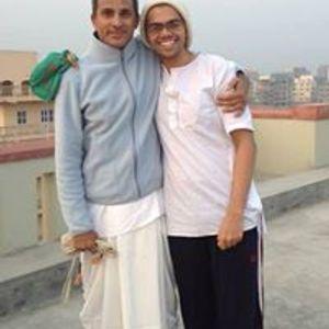 Sudama Visits Lord Krishna
