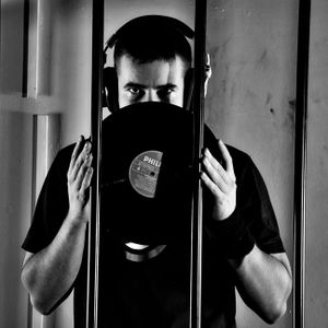 DJ Max D. classic funky house vibe